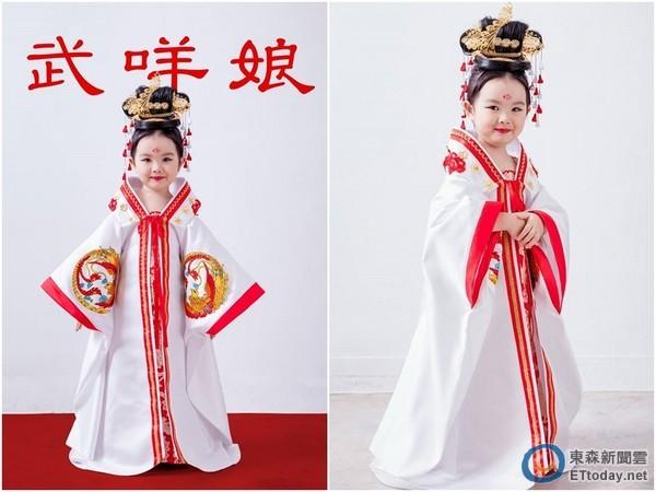 还有设计师帮忙铺设红毯,一站在上头,瞬间化身成古代小公主!