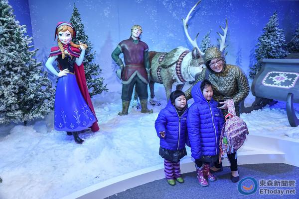 在台湾也能堆雪宝!冰雪奇缘特展进入零下8度艾莎王国