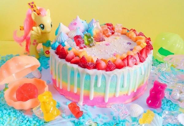 满足你的少女心!新竹女孩手作的超梦幻迪士尼风蛋糕