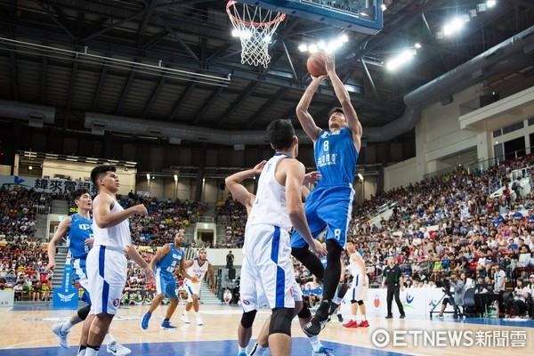 ▲▼瓊斯盃男籃,中華藍對菲律賓,周柏臣。(圖/記者季相儒攝)