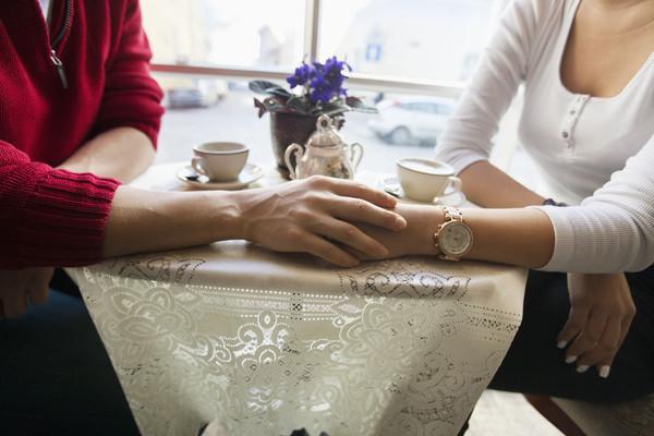 ▲▼戀愛,約會,男女,愛情,玫瑰,交往,婚姻,幸福,情侶,結婚,求婚。(圖/達志/示意圖)