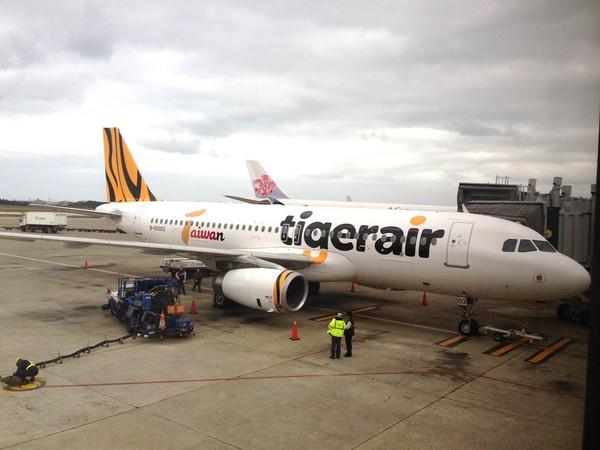 开航当天曼谷首航班机满载180名旅客