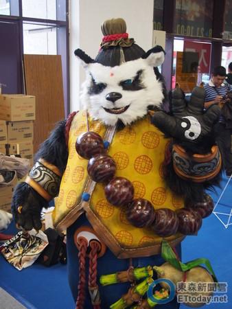 可爱又霸气的熊猫降临东森游戏云摊位
