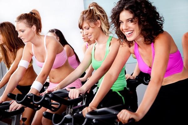 健身房,運動,騎腳踏車(圖/達志/示意圖)