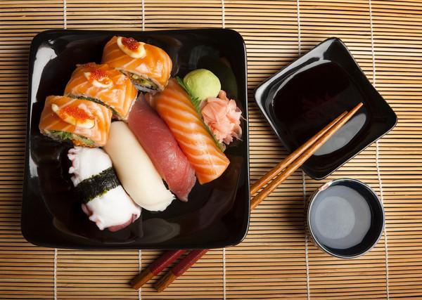 醬油,日式料理,壽司,大豆,醬料,調味料,日本,生魚片示意圖。(圖/達志/示意圖)