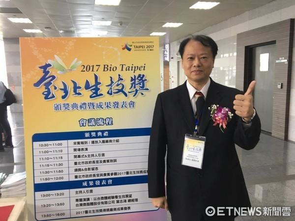 國衛院感染症與疫苗研究所周彥宏副研究員。(圖/記者嚴云岑攝)