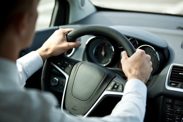 開車最怕「熱昏頭」!車內降溫小技巧報給你知(圖/達志示意圖)
