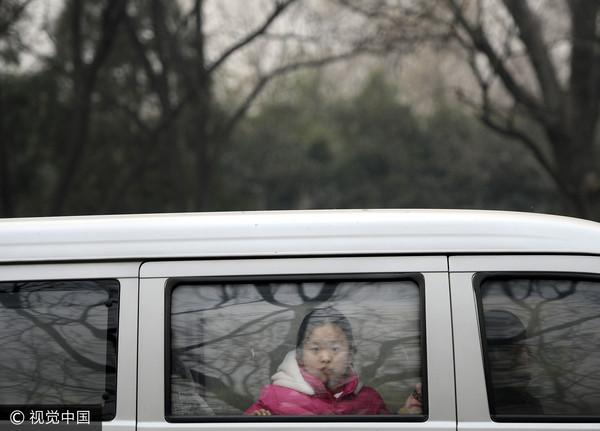 ▲車,小孩在車內,小孩。(圖/CFP)