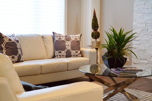 ▲客廳,沙發,電視。(圖/翻攝自pixabay)