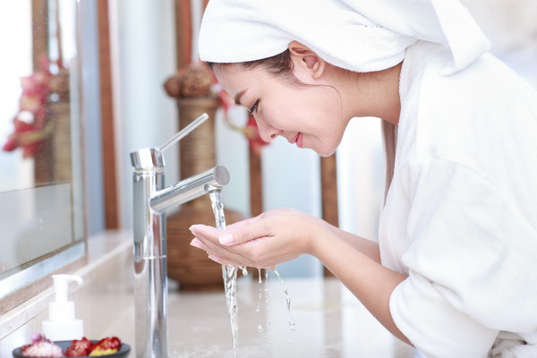 d3053519 - 化粧品加益生菌保湿效果UP? 专家祭锁水、吸水「必备成分」