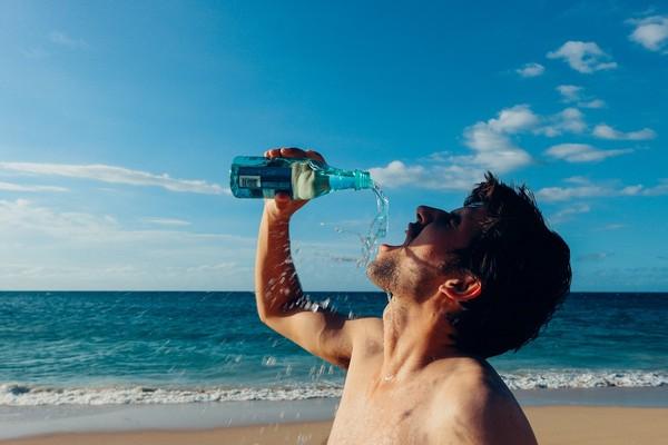 ▲夏天,高溫,喝水,飲水,中暑,運動,補水,天氣熱。(圖/翻攝自pixabay)