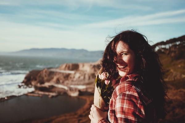 ▲▼旅遊,笑,女孩,愛情,登山,快樂。(圖/翻攝自pixabay)