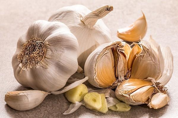 ▲蒜頭,大蒜。(圖/取自免費圖庫Pixabay)