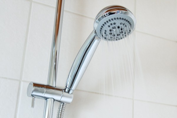 ▲洗澡,淋浴,蓮蓬頭。(圖/取自免費圖庫Pixabay)