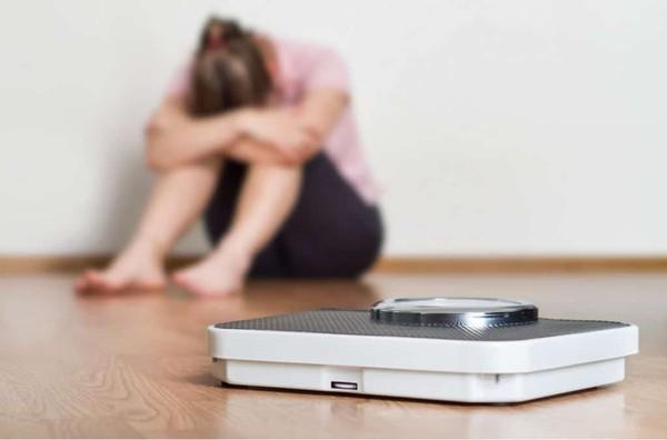 愛吃怕胖竟是病!專家:很多人不知已患病…「7大症狀」中了快就醫