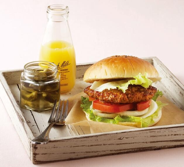 爽嗑漢堡無負擔!專家授「雞胸減重法」食譜秘方…比速食店還好吃